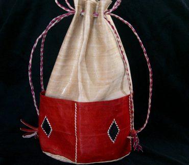 sac de umar din piele confectionat manual